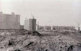 Строительство посёлка Котовского, Бочарова 27. 1992 год