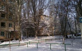 Бочарова 6, 4