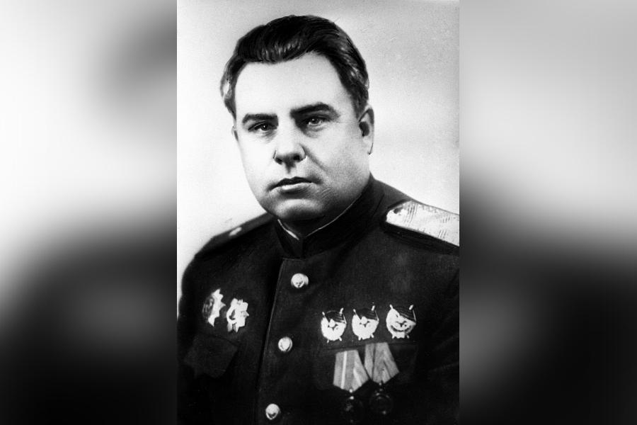 Бочаров. Лица улиц Суворовского района.